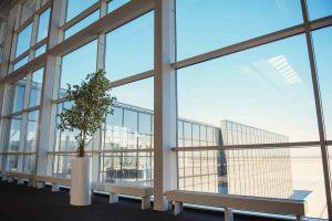 חלונות אלומיניום במיתר