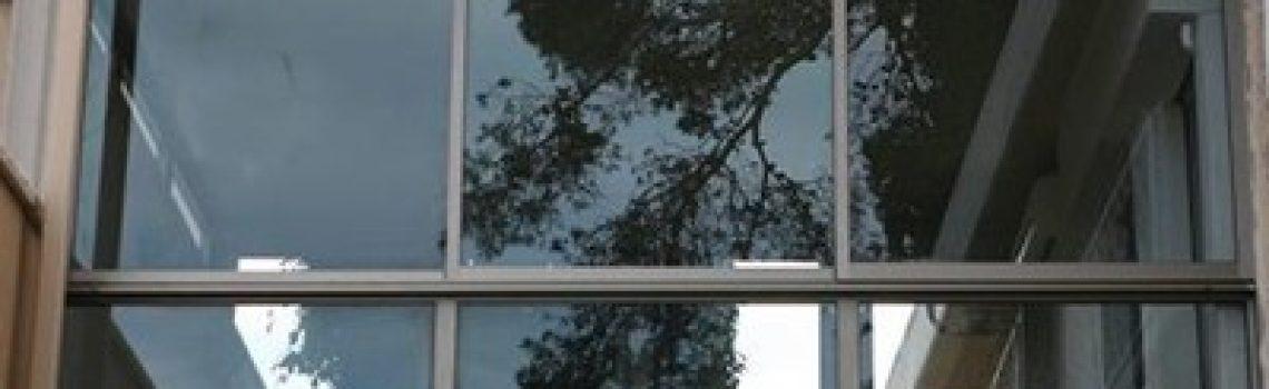 זכוכית לחלון